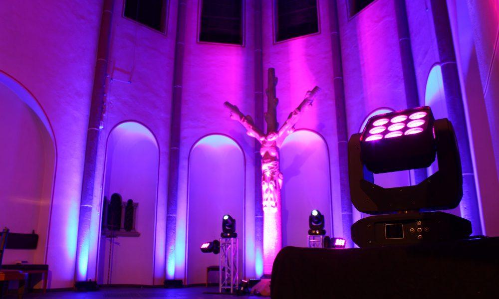 Lichtkonzept für die Weihnachtsmesse in Bensberg